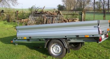 Krytý přívěsný vozík se zesílenou nápravou TITBIT 08D 13R