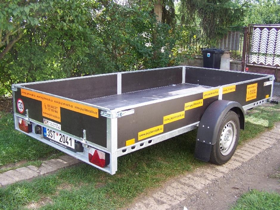 Velký nekrytý přívěsný vozík VAPP - Regina, max. do 1035kg